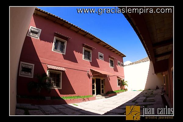 Hotel-Tres-Piedras-Gracias-Lempira-00001