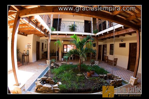 Hotel-Tres-Piedras-Gracias-Lempira-00005