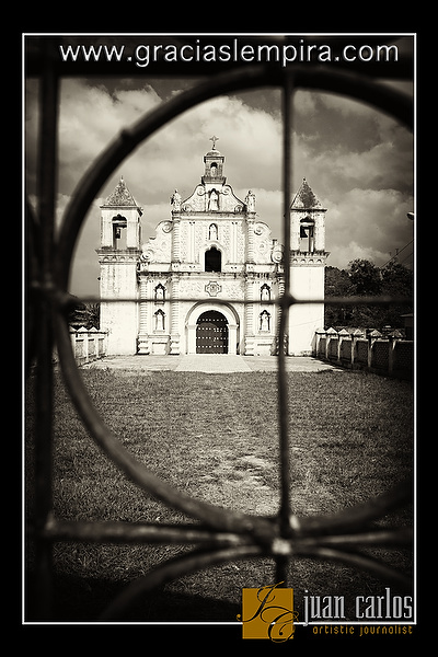 Iglesia-La-Merced-Gracias-Lempira-00005